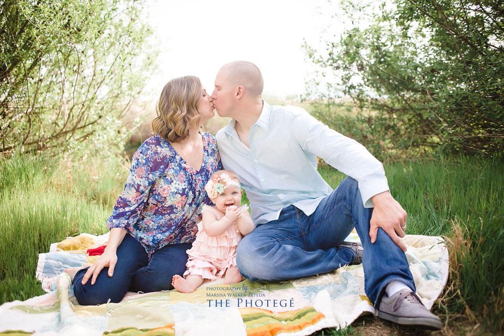Baby McKenzie : 6 months {bakersfield, california baby photography}