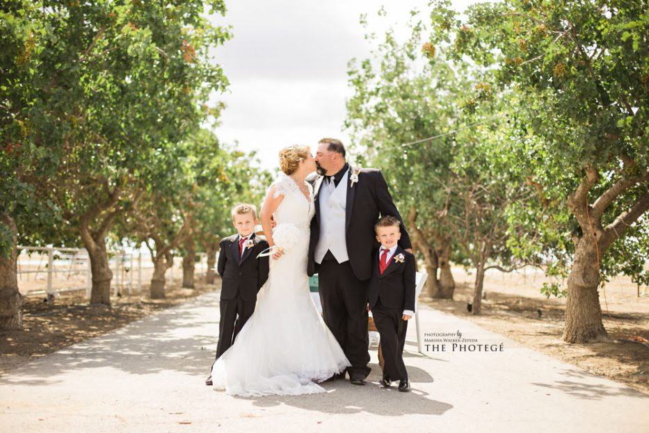 Bakersfield, California farm wedding