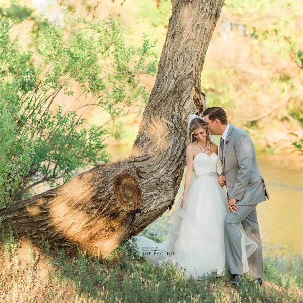 Melody + Dallen = Married {Bakersfield, California, JEH ranch wedding photography}