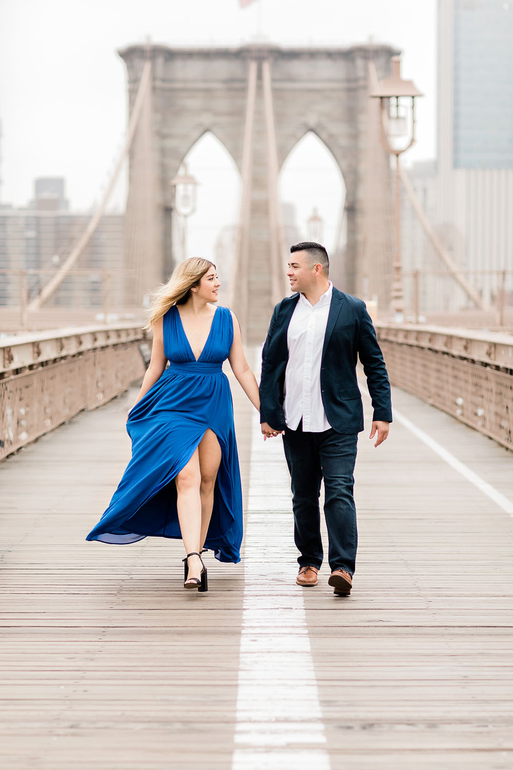 Romantic walk on the Brooklyn Bridge